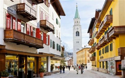 Cortina-d_Ampezzo_2100775b